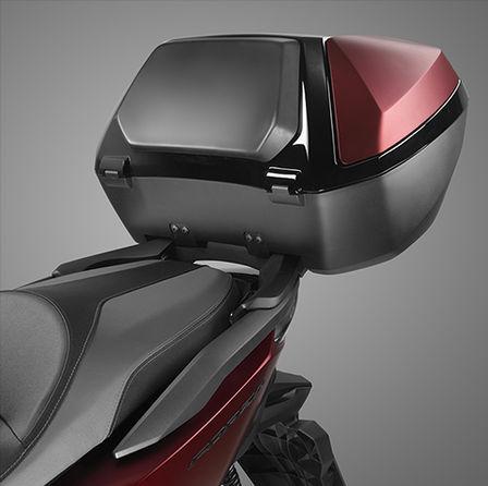 Honda Forza 125 scooter - smart top box