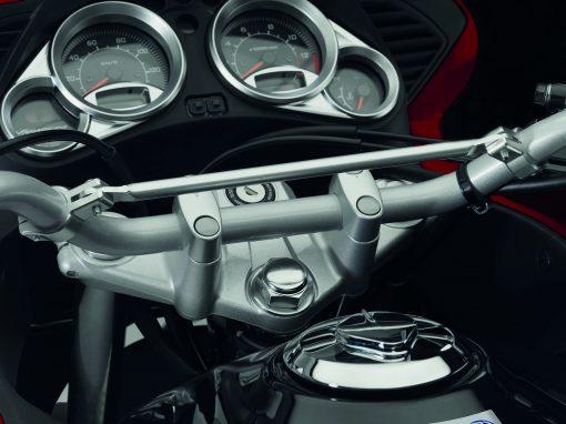 Honda XL125, close view