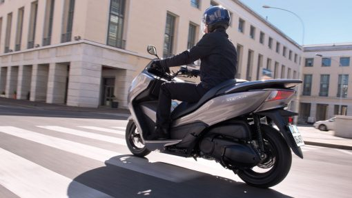Honda Forza 300 Scooter - riding at Chelsea