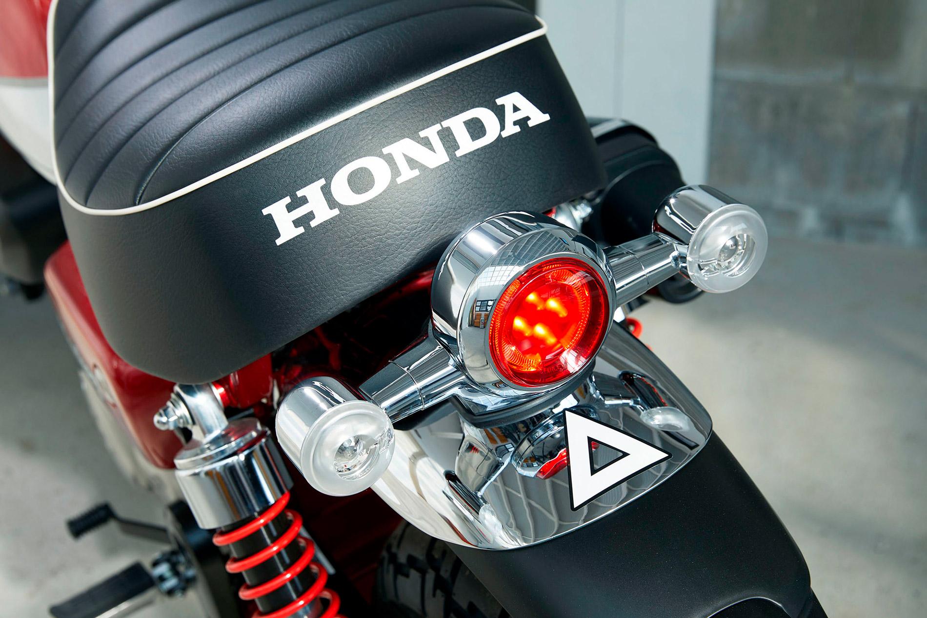 2019 Honda Monkey 125cc Motorbike Scooters Ltd 1960s Motorcycles Motorcycle Back View