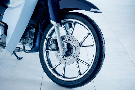 2019 Honda Super Cub C125 motorcycle - front wheel